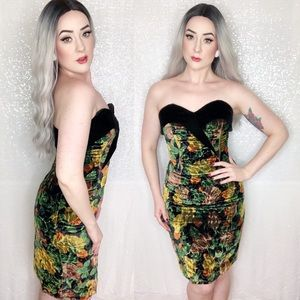Vintage Crushed Velvet Sweetheart Wiggle Dress